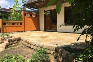 Terrasse Granitkanten Naturstein polygonal